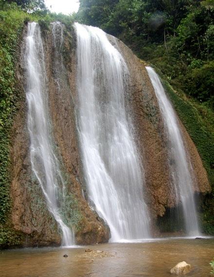 Những thác nước quyến rũ dưới chân dãy Hoàng Liên Sơn - 5