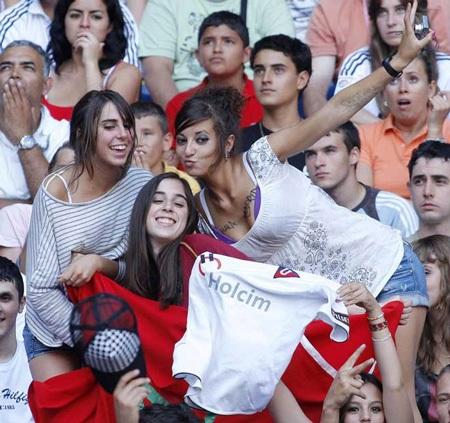 Lễ ra mắt hoành tráng của C. Ronaldo tại Real Madrid - 12