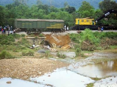 Hà Tĩnh thiệt hại gần 1 tỷ đồng do vỡ đập Z20   - 2