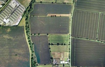 Chùm ảnh: Bảng chữ cái khổng lồ nhìn từ trên không - 6