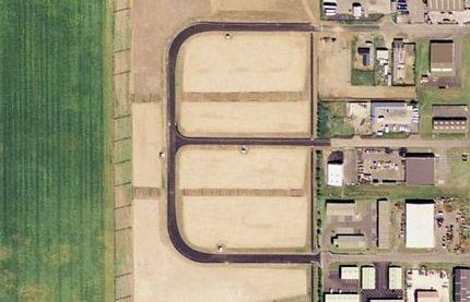 Chùm ảnh: Bảng chữ cái khổng lồ nhìn từ trên không - 5