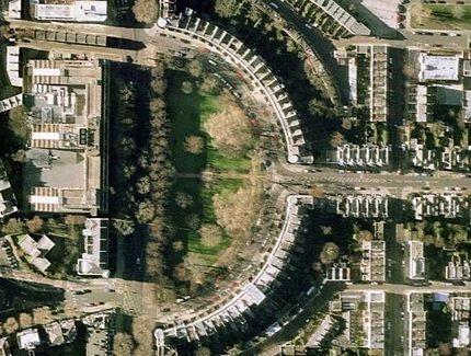 Chùm ảnh: Bảng chữ cái khổng lồ nhìn từ trên không - 4