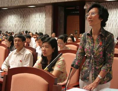 """Hà Nội """"lạc quan"""" với mục tiêu tăng trưởng GDP 6% - 2"""