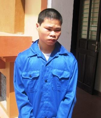 """""""Xin nằm"""" với trẻ 11 tuổi, lĩnh án 12 năm tù - 1"""