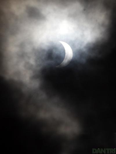 Ngắm nhật thực ở Hà Nội - 6
