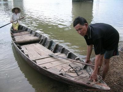 Nỗi trăn trở của người đàn bà 27 năm chèo thuyền  - 2