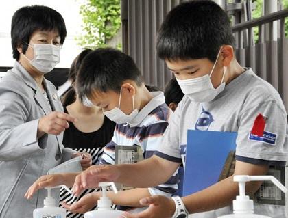 Trường tiểu học đầu tiên của Việt Nam dính cúm A/H1N1 - 2