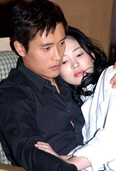 Song Hye Kyo vẫn vấn vương tình cũ - 1