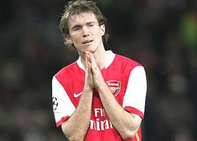 Hleb hối tiếc vì đã rời Arsenal - 1