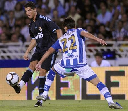 Benzema lập công, Real Madrid hạ gục Sociedad - 2