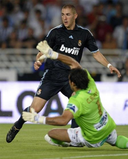 Benzema lập công, Real Madrid hạ gục Sociedad - 3