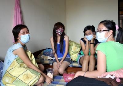 """Thâm nhập """"ổ dịch"""" cúm A/H1N1 lớn nhất Hà Nội - 10"""