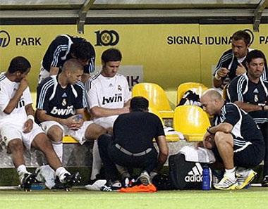 Xabi Alonso dính hạn sau trận đại thắng Dortmund - 1