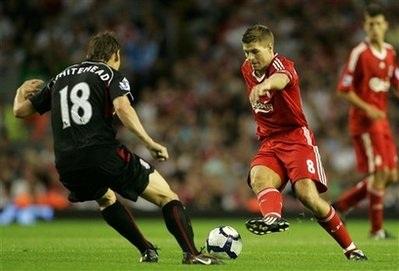 """Liverpool gỡ thể diện bằng chiến thắng """"4 sao""""  - 3"""
