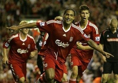 """Liverpool gỡ thể diện bằng chiến thắng """"4 sao""""  - 2"""