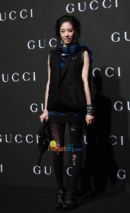"""""""Sao"""" Hàn đua sắc tại buổi trình diễn của Gucci - 9"""
