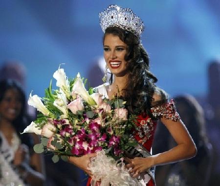 Xem lại đêm thi sôi động của Hoa hậu Hoàn vũ 2009 - 61