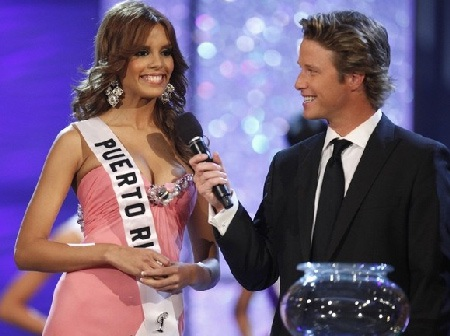 Xem lại đêm thi sôi động của Hoa hậu Hoàn vũ 2009 - 46