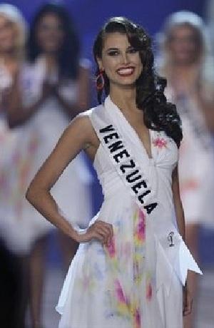 Xem lại đêm thi sôi động của Hoa hậu Hoàn vũ 2009 - 4