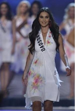 Xem lại đêm thi sôi động của Hoa hậu Hoàn vũ 2009 - 7