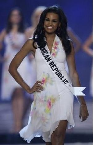 Xem lại đêm thi sôi động của Hoa hậu Hoàn vũ 2009 - 8