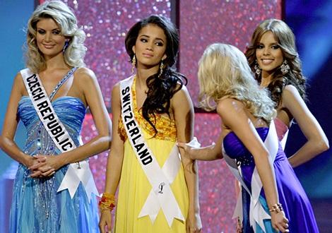 Xem lại đêm thi sôi động của Hoa hậu Hoàn vũ 2009 - 39