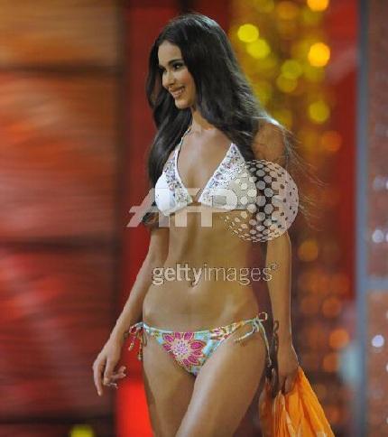Xem lại đêm thi sôi động của Hoa hậu Hoàn vũ 2009 - 24