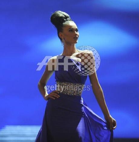 Xem lại đêm thi sôi động của Hoa hậu Hoàn vũ 2009 - 35