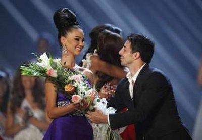 Xem lại đêm thi sôi động của Hoa hậu Hoàn vũ 2009 - 50