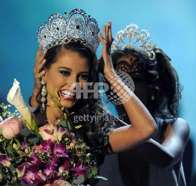 Xem lại đêm thi sôi động của Hoa hậu Hoàn vũ 2009 - 57