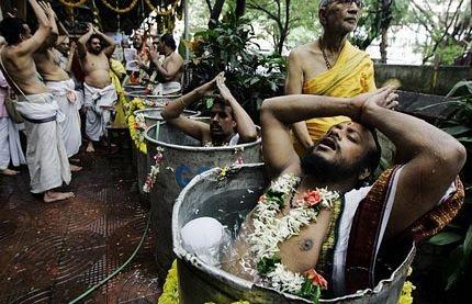 Ảnh nghi lễ cầu mưa có một không hai ở Ấn Độ  - 7