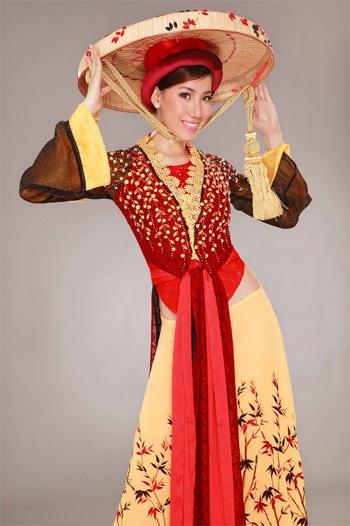 Thục Quyên đoạt giải Trang phục truyền thống đẹp nhất - 1