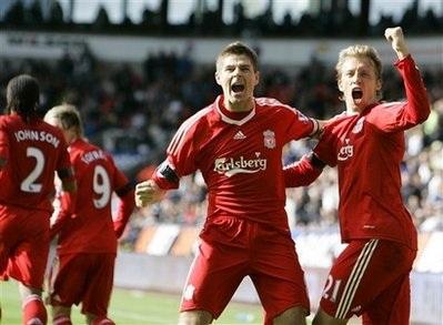 Torres và Gerrard lập công giúp Liverpool thắng nhọc nhằn - 3