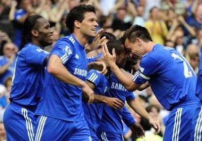 """""""Giải mã"""" Burnley, Chelsea tạm chiếm ngôi đầu - 1"""