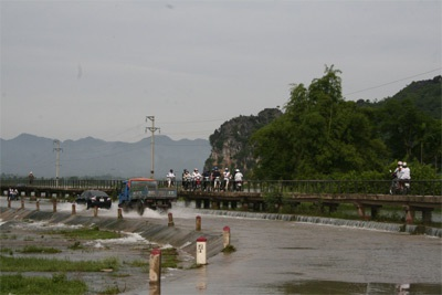 Chùm ảnh: Vẻ đẹp hoang sơ của hồ Quan Sơn - 1