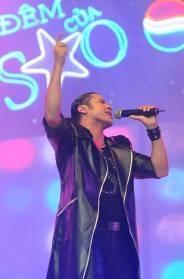 Đinh Mạnh Ninh giành phần thưởng đi Mỹ thu âm cùng Akon - 16