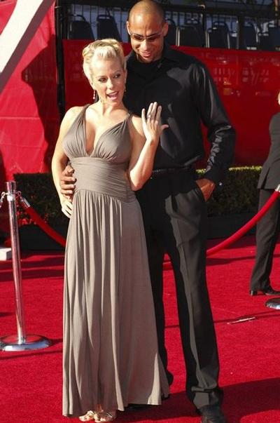 """Kendra Wilkinson: """"Mang bầu, tôi sướng như nữ hoàng"""" - 5"""