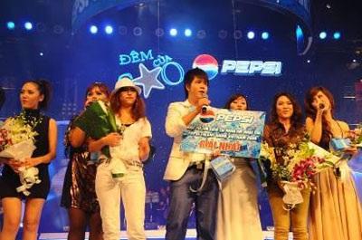 Đinh Mạnh Ninh giành phần thưởng đi Mỹ thu âm cùng Akon - 1