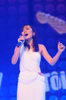 Đinh Mạnh Ninh giành phần thưởng đi Mỹ thu âm cùng Akon - 11