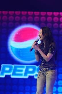 Đinh Mạnh Ninh giành phần thưởng đi Mỹ thu âm cùng Akon - 17
