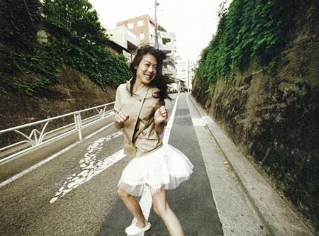"""Chùm ảnh: Kim Min Hee """"quậy"""" trên Céci - 4"""