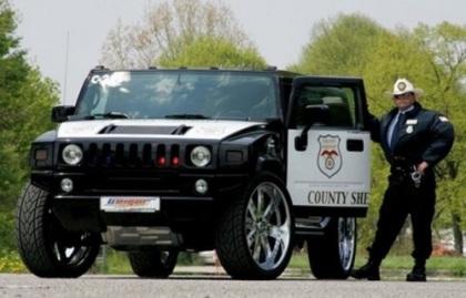 """Những """"siêu xe"""" cảnh sát - 9"""