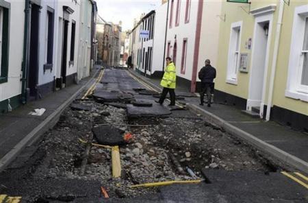 Ngập lụt hoành hành nước Anh - 9