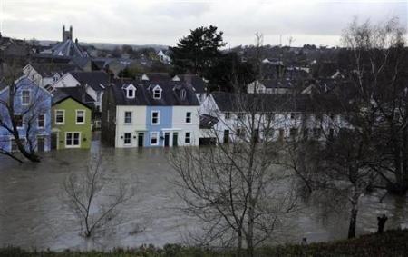 Ngập lụt hoành hành nước Anh - 1