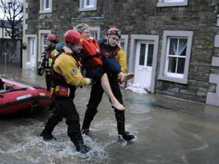 Ngập lụt hoành hành nước Anh - 2