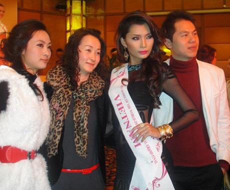Lan Hương nổi bật trong cuộc thi Người mẫu thế giới  - 13