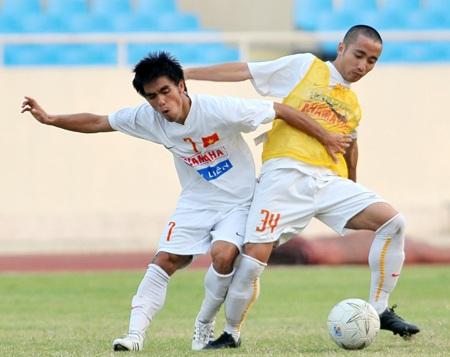 HLV Calisto mang 22 cầu thủ đến SEA Games 25 - 1