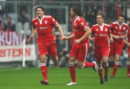 Hàng công vô duyên, Bayern bị chia điểm cùng Leverkusen - 1