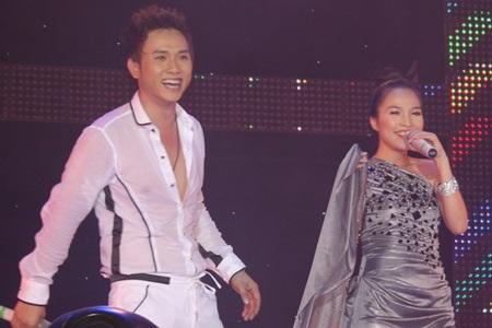 """Hàn Thái Tú """"biến hóa"""" đầy bất ngờ trong live show đầu tiên  - 19"""