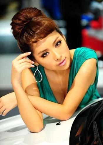 Mẫu nữ trên sàn Triển lãm ô tô Quảng Châu - 1